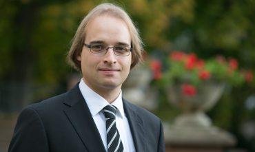 Portrait von Dr. Sebastian Trimpe